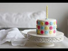 Cómo decorar una tarta con fondant en 5 minutos