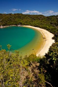 Paradise Te Pukatea Bay South Island NZ: Te Pukatea Bay is a paradise for any visitor to Abel Tasman National Park on the South Island of New Zealand.
