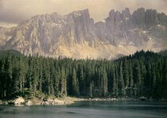 Autochrome: Chouanard Henri. Carezza lake and Latemar mountains, the Dolomites, Italy. 1910-1920. Archives Alinari.