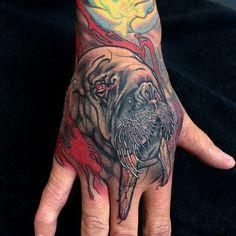 I'm liking hand tattoos more and more...