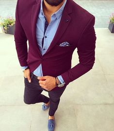 Great style burgundy blue suit _________________________________  Our fashion family @gentwithsuits @mensbucketlist @mensfashion_guide  @gentlemenattitude  @Makenicefashion _________________________________