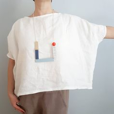 do lists or books This mid century wall art piece by Birdsong has the cheerful simplicity of Scandinavian art, combined with a art vibe. Mid Century Wall Art, Linen Blouse, Mode Outfits, Diy Clothes, Shirt Style, What To Wear, Sewing, My Style, Womens Fashion