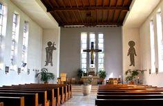 Bescheiden, in seiner Formensprache zurückgenommen, fast schon karg präsentiert sich St. Bonifatius in Weimar-Schöndorf den Besuchern.