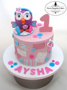 Double Barrel Hootabelle cake for a Birthday. Ladybug Cakes, Owl Cakes, Fondant Cakes, Cupcake Cakes, Bird Cage Cake, Button Cake, Surprise Cake, Baby Girl Cakes, 1st Birthday Cakes