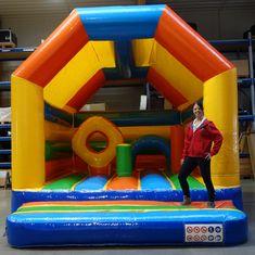 Die aufblasbaren Fun Games für Kinder und Action Games für Jugendliche und Erwachsene von no problaim, können Sie auch MIETEN und sorgen damit für beste Unterhaltung und Stimmung auf Ihren Firmen-Events, Eröffnungsfeiern, Sommerpartys oder Kinderfesten! Neben Hüpfburgen und Riesenrutschen für Kinder, können Sie auch Bullriding, Bungee Run, Riesenwuzzler (Stangen- oder Seilwuzzler), Radar Goal, Torschusswand und mehr für Ihr Event mieten. Garantierter Spaß für Kinder, Jugendliche und… Events, Kids Fun, Young Adults, Entertaining, Mood