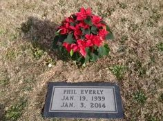 """Phil Everly (1939 - 2014) - Musician. Along with his older brother Don Everly, they formed """"The Everly Brothers"""", which became one of the most acclaimed duos in rock music history Rose Hill Cemetery   Central City Muhlenberg County Kentucky  USA"""