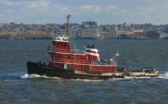 Foto Remolcador en el puerto de Nueva York