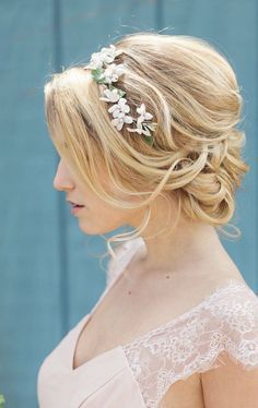 Wedding hairstyle idea; Featured Photographer: Clean Plate Pictures