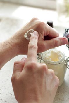 Homemade Ultra-Moisturizing Lotion (without Coconut Oil) | Live Simply