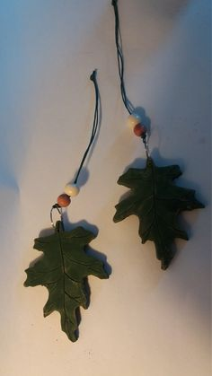 Oak Leaf Hanging Mobile, Decorative Oak Leaf, Hand crafted Ceramic.