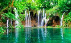 Plitvice Lakes (Croatia) #sea_suitcases #FolloForFolloBack #likeforlike #likeforfolow #likeforlikes #folloMe  #lake #Croatia