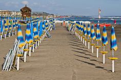 Stabilize to Balneare Battistini, Lido di Ostia umbrellas   Flickr - Photo Sharing!