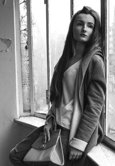 #monochrome #fashion #girl #b&w #style #inspiration