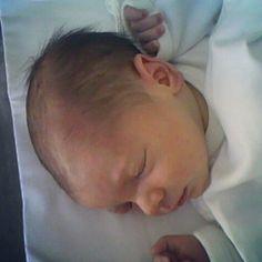 Hoy nuestro bebé cumple 2añitos!!FELIZ FELIZ!!y nuestro negocio viento en popa!! #estoyenel2 www.davidymiriam.com http://blog.davidymiriam.com