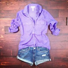 Love the polished blouse and casual denim shorts. Summer Outfits, Girl Outfits, Casual Outfits, Cute Outfits, Fashion Outfits, School Outfits, Fashion Ideas, Cute Fashion, Look Fashion