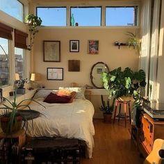 Room Ideas Bedroom, Bedroom Decor, Bedroom Inspo, Fall Room Decor, Warm Bedroom, Wall Decor, Aesthetic Room Decor, Aesthetic Plants, Cozy Aesthetic