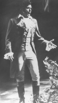 Italian Tenor Franco Corelli As Werther. The picture quality is pretty poor but you can still see how beautiful the costume is.