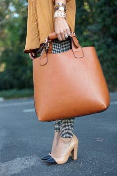 Brown Tote by Trunk Change