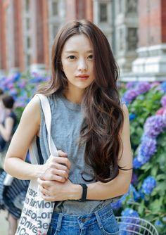 23 ideas hair goals color inspiration soft waves for 2019 Cool Haircuts, Trendy Hairstyles, Hair Goals Color, Bora Lim, Asian Haircut, Hair Color Blue, Blue Hair, Hair Highlights, New Hair