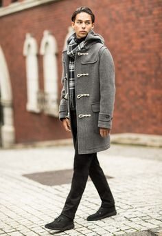 The essential warm and lightweight coat for Fall. Stand out in our Wool Blend Duffle Coat. http://uniqlo.us/2g0dhZ3