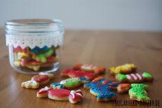 Süße Mürbeteigplätzchen mit Royal Icing #Rezept / Colorful cookies with royal icing (sweet shortcrust pastry) #recipe