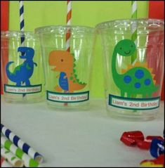 12 Personalized Dinosaur Themed Party Cups with Lids and Straws 12 Personalized Dinosaur Themed Party Cups with Lids and Dinosaur First Birthday, Third Birthday, 3rd Birthday Parties, Birthday Party Decorations, Elmo Birthday, Themed Parties, Festa Party, Elmo Party, Mickey Party