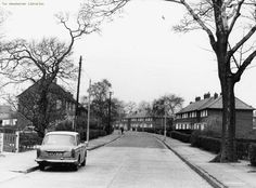 Wythenshawe, Barry Road, Continuatin of Barry Road, both sides Old Pictures, Great Britain, Manchester, Photographs, Memories, Times, History, Building, Memoirs