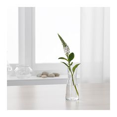 TIDVATTEN Vase IKEA You can easily make a beautiful floral arrangement with just a single flower or a twig since the opening of the vase is small.