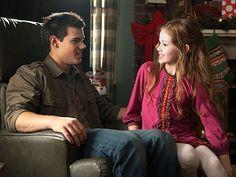 Breaking Dawn Part 2: See Jacob Meet Renesmee   Taylor Lautner & Mackenzie Foy