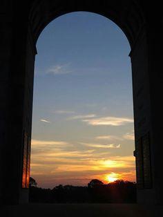 Sunrise at the Pennsylvania Monument, Gettysburg