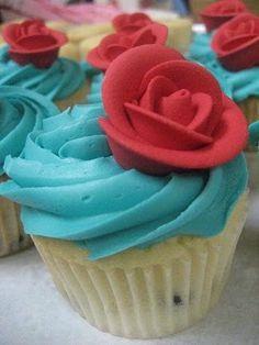 Google Image Result for http://photos.weddingbycolor-nocookie.com/p000029712-m171922-p-photo-449283/Red-Wedding-Cake-Cupcakes--Budget-Approved-.jpg