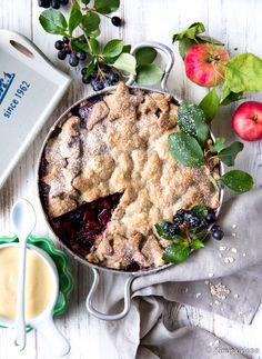 Aronia-omenapaistos | Reseptit | Kinuskikissa Baking, Desserts, Brunch Ideas, Tailgate Desserts, Deserts, Bakken, Postres, Dessert, Backen