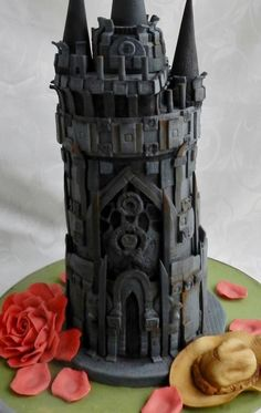 The Dark Tower - The Dark Tower | 27 Delectable Geeky Cakes Almost Too Pretty To Eat