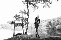 Fashion photo black and white lake forest nature Photography: Jennifer Dickinson. Styling: Stephanie Chong. Makeup: Alexa Rae. Hair: Seungmin Yoo. Model: Rachel Saunders.