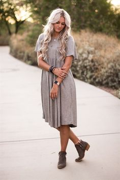 This effortless dress will be your new go-to item! This comfy, easy-to-wear piece is comprised of a soft, non-sheer fabric that has a great stretch and drapes well.