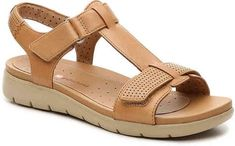 Check womens hobby shoes, clean water sandals, & more built for coziness & toughness. Kids Sandals, Sport Sandals, Flat Sandals, Ladies Sandals, Women Sandals, Comfortable Walking Sandals, Types Of Sandals, Shoes For School, Shorts Outfits Women