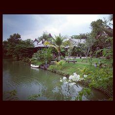 Un petit paradis #ayuthayya #thailand #thaïlande #baanthaihouse - @albertineinparis- #webstagram