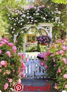 15 Vibrant Cottage Garden Layouts To Enchant You Bauerngarten Schoner Blumengarten Und Gartenbau