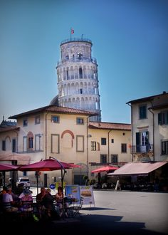 Leaning Tower of Pisa - Pisa - Italy (byMichael Foley)