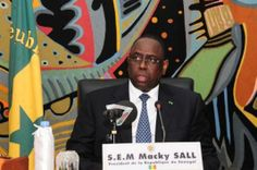 #Macky Sall : «Les Tics sont un #passeport pour l'émergence»