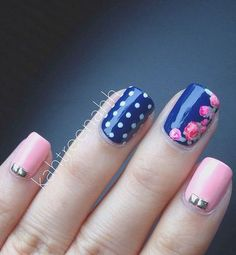 18 Vintage Floral Nail Designs You Will Love: #16. Pink And Navy Blue Nail Design
