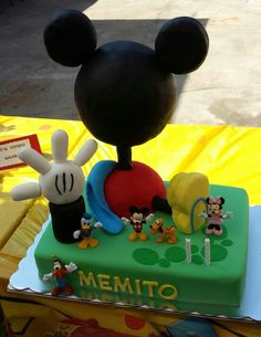 Mickeys mouse clubhouse cake