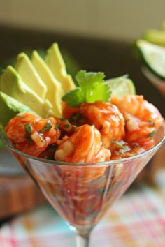 Mexican Shrimp Cocktail ( i just add a bit of mayonnaise and is perfect for me) Shrimp Recipes, Mexican Food Recipes, Appetizer Recipes, New Recipes, Cooking Recipes, Favorite Recipes, Healthy Recipes, Cooking Ideas, Mexican Shrimp Cocktail