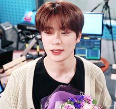 Laperm, Love K, Jung Yoon, Valentines For Boys, Jung Jaehyun, Jaehyun Nct, Fine Men, Winwin, Dimples