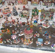 Christmas Village display DIY ideas