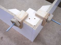 Corner Assembly Block Options / Options pour les blocs de coin pour assemblage