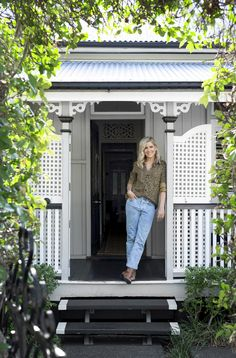 Breathing life into a charming Federation Queenslander - Cedar & Suede Queenslander House, Weatherboard House, Tall Tv Cabinet, Retro Beach House, Timber Dining Table, Front Stairs, Outdoor Range, Interiors Online, Black Doors