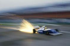 Damon Hill in Williams F1 FORMULA UNO AUTO contato CROSS STITCH KIT grafico 14S