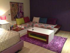 Mesa centro, escuadra, tapiz, pintura & tapete