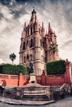 San Miguel De Allende: Parroquia De San Miguel Arcangel (Archangel Michael's Church)
